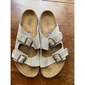 NEW Birkenstock Men Arizona Taupe Suede Sandals